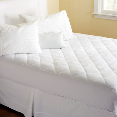 Cassidy Collection Ultra Soft Mattress Pad by Home Fashion Designs