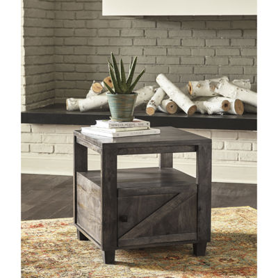 Signature Design by Ashley® Chaseburg Square End Table