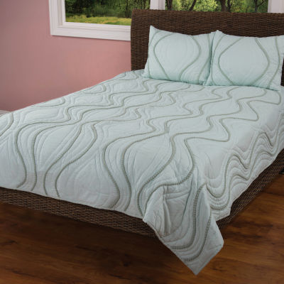 Rizzy Home Kenneth Solid Textured  Quilt