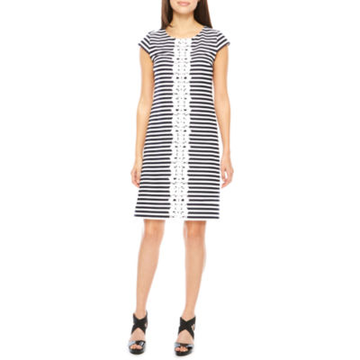 R & K Originals Short Sleeve Stripe Shift Dress