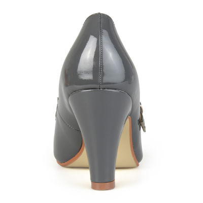 Journee Collection Wendy Pumps