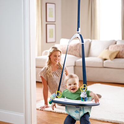Graco® Bumper Jumper