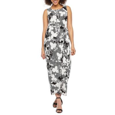 Robbie Bee Sleeveless Floral Maxi Dress