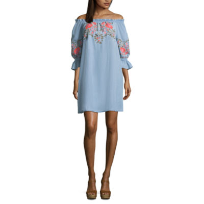 a.n.a 3/4 Sleeve Embroidered Floral Shift Dress