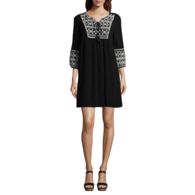 a.n.a 3/4 Sleeve Embroidered Dress