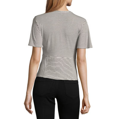 Rewind Short Sleeve V Neck Knit Blouse-Juniors