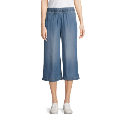 St. John's Bay Mid Rise Cropped Pants