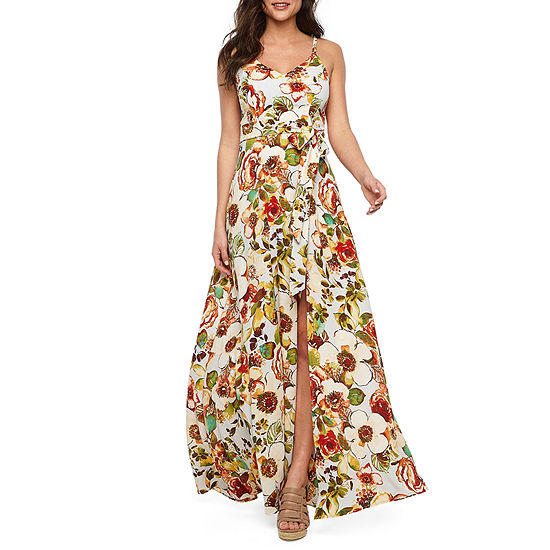 Premier Amour Sleeveless Floral Maxi Dress