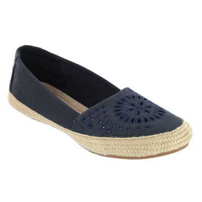 Mia Amore Womens Fernanda Slip-On Shoe Closed Toe