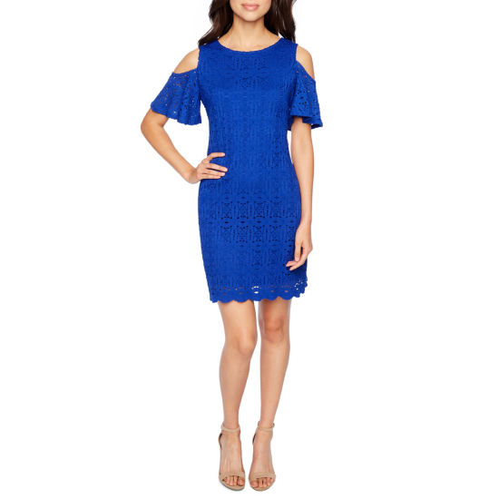 Ronni Nicole Short Sleeve Cold Shoulder Lace Shift Dress