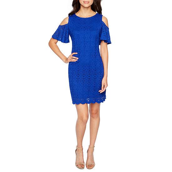 Ronni Nicole Short Sleeve Cold Shoulder Lace Shift Dress