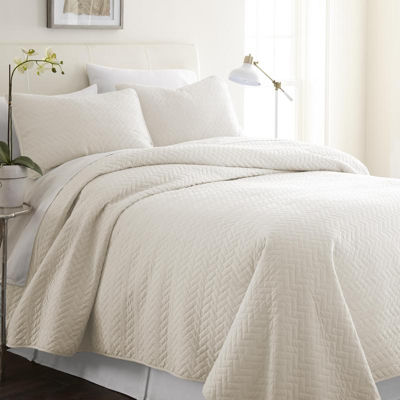 Casual Comfort Premium Ultra Soft Herring Pattern Quilted Coverlet Set
