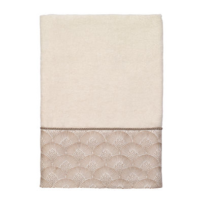 Avanti Deco Shell Ivory Embroidered Bordered Bath Towel