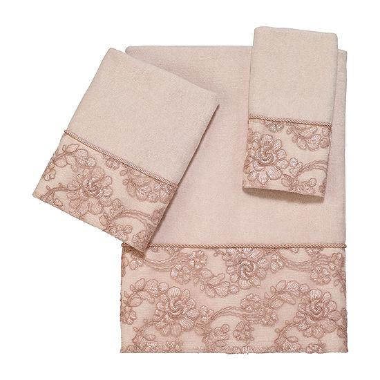 Avanti Vivien Embellished Eyelet Bath Towel