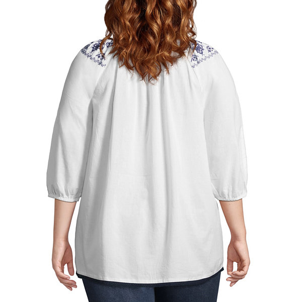 3/4 Sleeve Embroidered Blouse - Plus