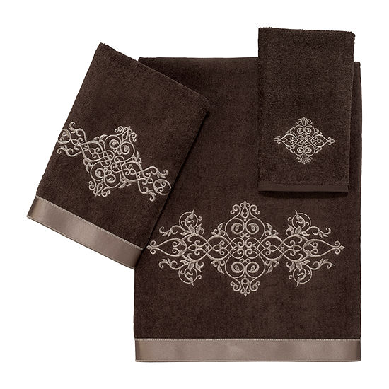 Avanti York Ii Embroidered Medallion Bath Towel