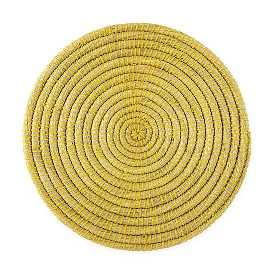 Outdoor Oasis Round Seagrass Placemat Collection