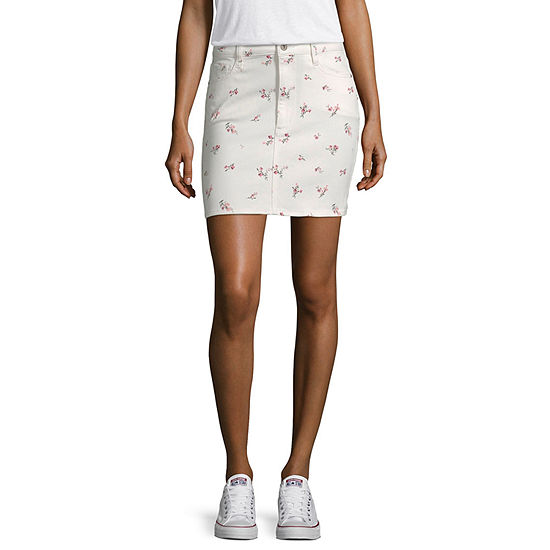 Arizona Womens Mid Rise Short Denim Skirt-Juniors