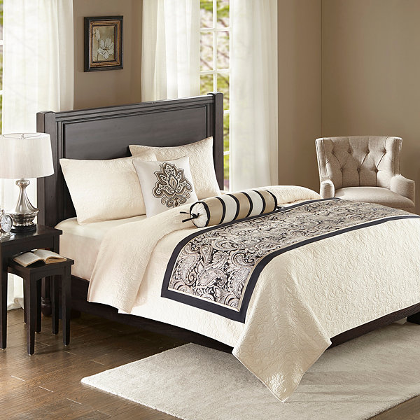 Madison Park Wellington Polyester Jacquard Bed Runner