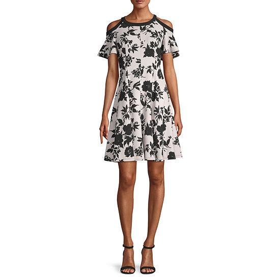 Danny & Nicole Short Sleeve Cold Shoulder Floral Fit & Flare Dress