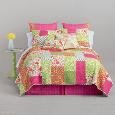 Home Expressions™ Winsome Floral Quilt