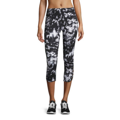 Xersion™ Studio Lattice Capris
