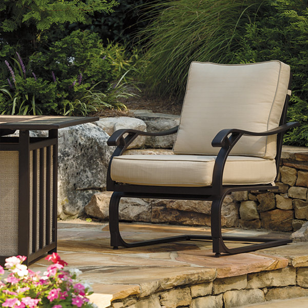 Outdoor by Ashley® Antigua Lounge Chair - Set of 4