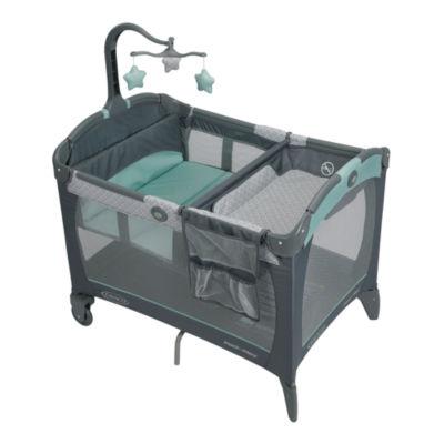 Graco® Pack 'n Play® Playard w/ Change 'N Carry™ Changing Pad - Manor