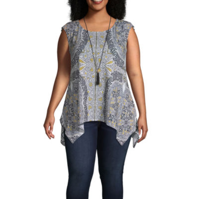 Sleeveless Medallion Tank with Necklace - Plus