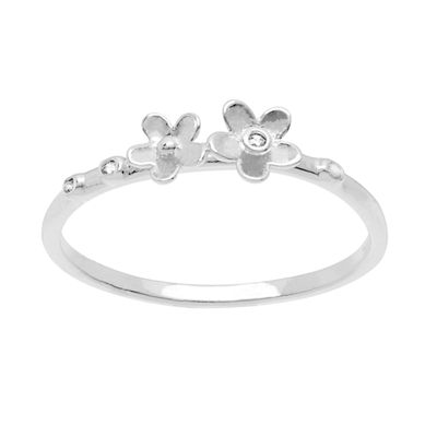 Itsy Bitsy Womens Cubic Zirconia Sterling Silver Delicate Cocktail Ring