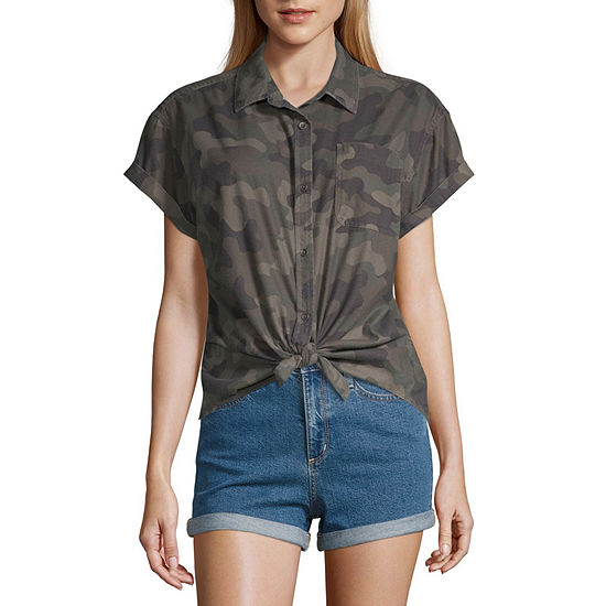 Vanilla Star Womens Short Sleeve Camp Shirt-Juniors