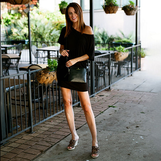 Amanda's Faves: T-Shirt Dress with Heeled Sandals and a Crossbody Bag