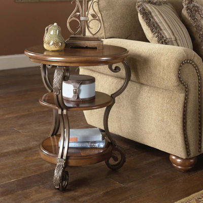 Signature Design by Ashley® Nestor Chairside Table