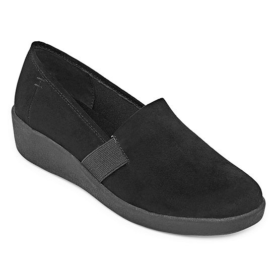 St. John's Bay Womens Pemba Slip-On Shoe