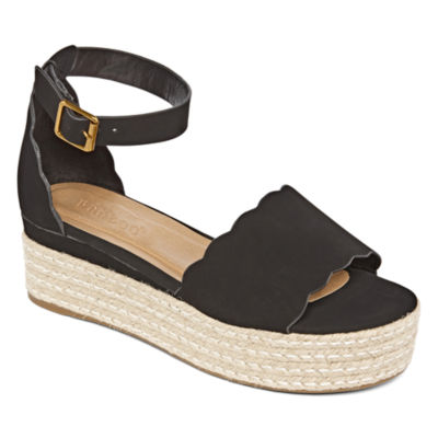 Bamboo Womens Infinity Wedge Sandals