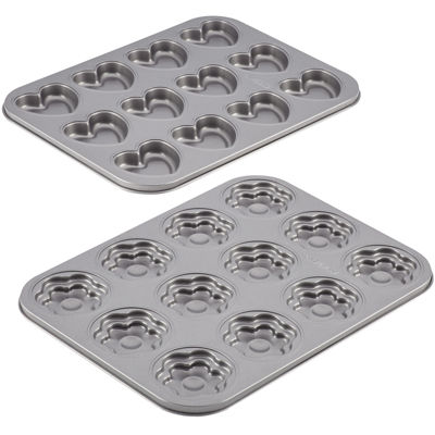 Cake Boss™ 2-pc. Molded Nonstick Cookie Pan Set - Hearts & Flowers