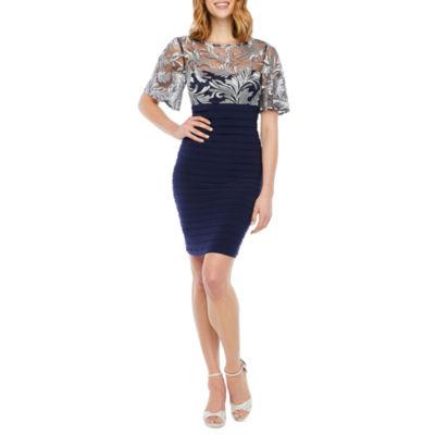 Scarlett Short Sleeve Paisley Shift Dress