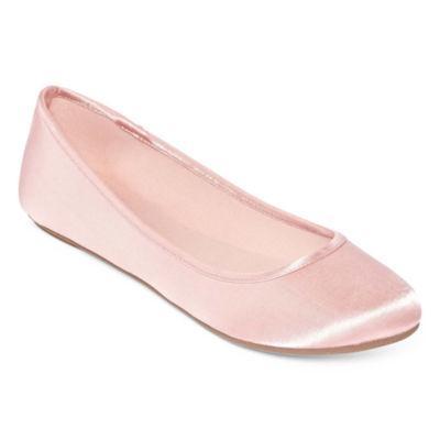 City Streets Clue Womens Ballet Flats
