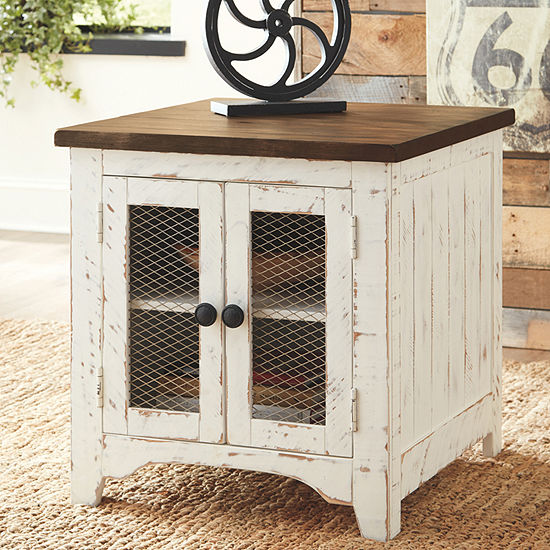 Signature Design by Ashley® Wystfield Rectangular End Table