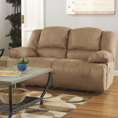Signature Design by Ashley® Hogan Reclining Loveseat