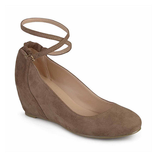 Journee Collection Womens Tibby Slip-On Shoes