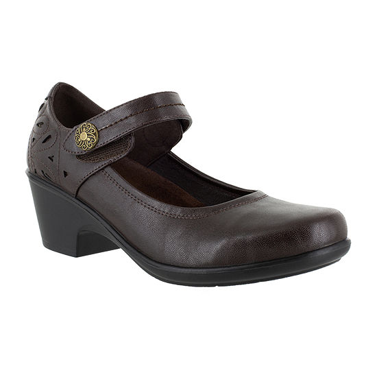 Easy Street Womens Camellia Slip-On Shoe Round Toe