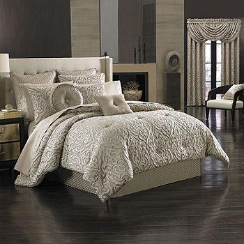 Queen Street Antonia 4 pc. Damask + Scroll Heavyweight Comforter