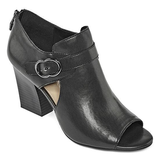 Liz Claiborne Womens Pierce Heeled Sandals
