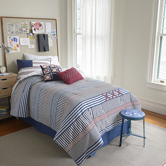 Frank and Lulu Stripes Yo! Reversible Comforter
