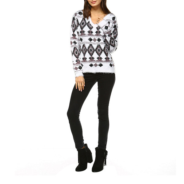 White Mark Traditional Geometric Pullover Sweater