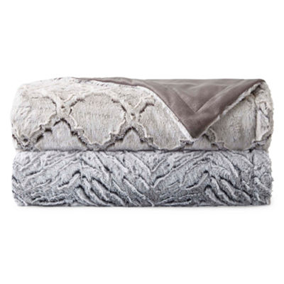 Royal Velvet Carved Luxury Faux Fur Throw