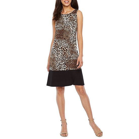 Ronni Nicole Sleeveless Animal Shift Dress