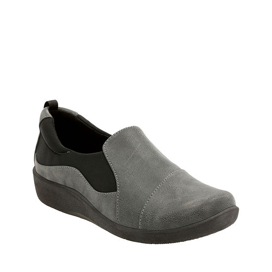 Clarks Womens Slip On Shoe Round Toe