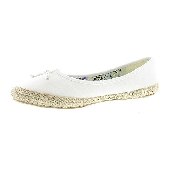Gold Toe Womens Daisy Slip On Shoe Closed Toe